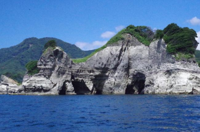 堂ヶ島 洞窟巡り遊覧船 2