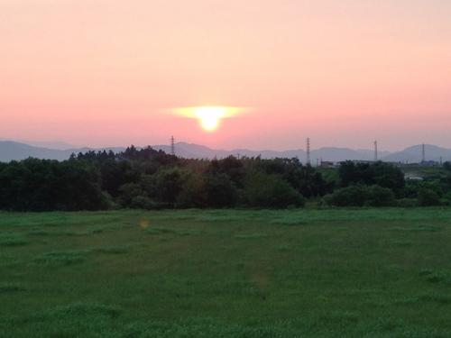 揖斐川堤防 日の出